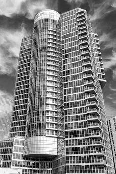 Waterclub condos, Toronto Architecture. robertoportolese....