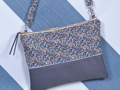 Tuto : faire un sac en cuir et Liberty! Wallets For Women Cute, Wallets For Women Leather, Liberty Bag, Sewing Online, Diy Sac, Best Wallet, Small Wallet, Fashion Bags, Purses And Bags