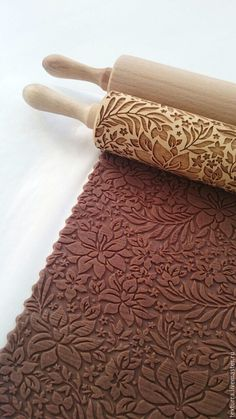 Flowers pattern - laser engraved rolling pin by Texturra Diy Laser Cutter, Patterned Paint Rollers, Noel Christmas, Vinyl Crafts, How To Make Cookies, Laser Engraving, Leather Craft, Flower Patterns, Cookie Decorating