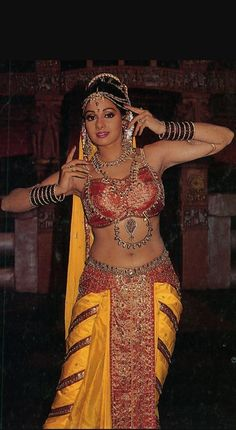 Indian Bollywood Actress, Bollywood Girls, Beautiful Bollywood Actress, Beautiful Indian Actress, Bollywood Cinema, Beautiful Women Pictures, Beautiful Girl Image, Beautiful Celebrities, Beautiful Actresses
