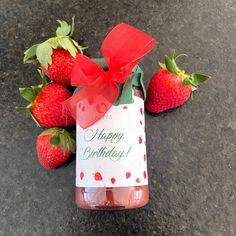 Happy Birthday, Erdbeerfruchtaufstrich aus Österreich Happy Birthday, Strawberry, Fruit, Food, Strawberries, Kids, Happy Brithday, Urari La Multi Ani, Meals