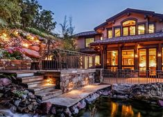 The most beautiful houses in the world. Amazing modern homes, luxury villas and ancient buildings. Aspen Colorado, Small Sitting Areas, Summit Homes, Aspen House, Natural Structures, Ancient Buildings, Luxury Villa, Victorian Homes, Modern Homes