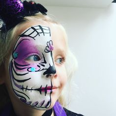 Candy Skulls, Carnival, Halloween Face Makeup, Projects, Log Projects, Blue Prints, Carnavals, Sugar Skull, Sugar Skulls