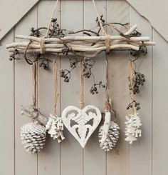 DIY - cottage seasonal decor - beautiful shabby chic Christmas decoration made with branches, pine cones and other natural materials - Love this idea!!!!!!!!! #cottage_christmas_decor #shabbychicdecorcottage
