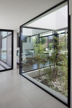 Architecture, Glass Window And Marble Flooring Tile Simple Modern House Design With Black And White Interior Color Decorating Ideas ~ Grand Bell House by Andres Remy Arquitectos Indoor Courtyard, Internal Courtyard, Courtyard Gardens, Rooftop Gardens, Rooftop Terrace, Exterior Design, Interior And Exterior, Courtyard Design, Modern Courtyard