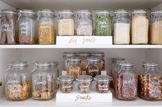 New kitchen pantry organization dry goods ideas Home Organisation, Pantry Organization, Organized Pantry, Pantry Ideas, Organizing Tips, Kitchen Ideas, Kitchen Stuff, Cleaning Tips, Mason Jars