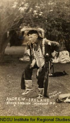 1910-1919 Andrew Ireland, Sioux Indian, Mandan, N.D. :: Photo Gallery - Images from the NDSU Institute for Regional Studies (NDSU)