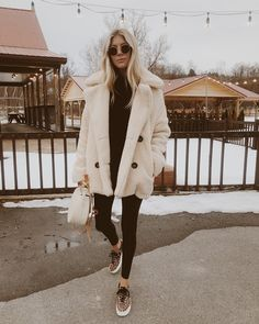 Cute Coat Outfits for Every Day of the Month Mode Outfits, Trendy Outfits, Fashion Outfits, Fashion Trends, Preppy Fashion, Classy Fashion, Style Fashion, Looks Style, Looks Cool