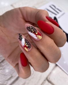Perfect Nails, Gorgeous Nails, Pretty Nails, Manicure Nail Designs, Nail Manicure, Almond Nails Red, Nail Techniques, Sassy Nails, Pointed Nails
