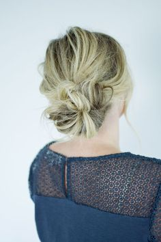 25 Modern and Beautiful Updos for Long Hair , Are you stuck in a hair rut? Here are 25 fresh hair updo ideas for long hair. Easy Bun Hairstyles, Summer Hairstyles, Wedding Hairstyles, Homecoming Hairstyles, Updo Hairstyle, Party Hairstyles, Medium Hair Styles, Curly Hair Styles, Short Hair Bun