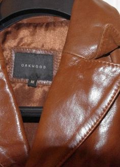 À vendre sur #vintedfrance ! http://www.vinted.fr/mode-femmes/vestes-en-cuir/51466330-veste-en-cuir-neuve-oakwood