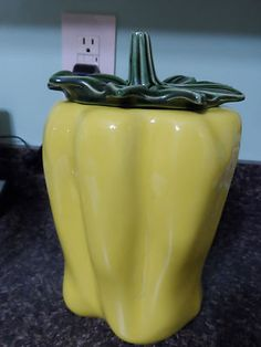 McCoy Yellow Bell Pepper Cookie Jar with Lid Vintage Over 40 Years Old | eBay