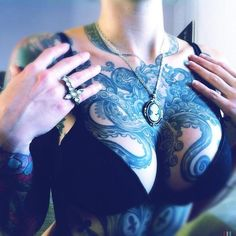 Check out Amazing octopus tattoo or other octopus chest tattoo designs that will blow your mind, tattoo ideas that will be your next inspiration. Cool Chest Tattoos, Chest Tattoos For Women, Sexy Tattoos, Body Art Tattoos, Tattoo Ink, Woman Tattoos, Wicked Tattoos, Tatoos, Tattoo Trash