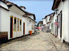 Cidade histórica de Paraty - Rio de Janeiro - Brasil by Tony Borrach, via Flickr