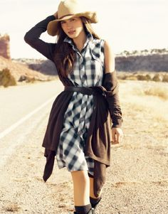 DO: Want the cowgirl look? Try something like this. It's got a great natural, vintage-inspired look.