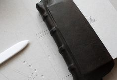V FOR BOOKS — The birth of a simple leatherbound book, part 5 by Elina Lundahl
