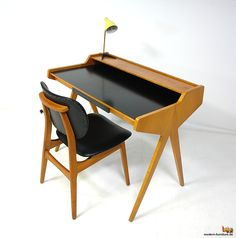 Helmut Magg's Ladies Desk Mid Century Modern Table, Mid Century Desk, Mid Century Furniture, Modern Furniture, Furniture Design, Magazine Table, Cabinet Furniture, Furniture Inspiration, Midcentury Modern