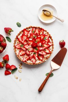 NO-BAKE Strawberry Tart with a creamy almond mascarpone filling & requires only a handful of ingredients