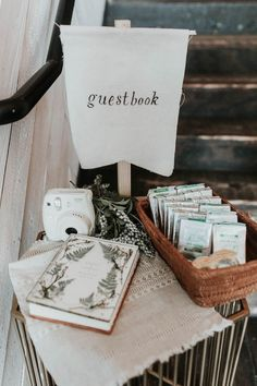 Rustic guestbook table setup | Image by Karra Leigh Photography