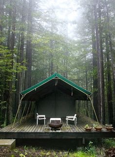 Wonderful Glamping Location Mark Seelen's Photography (via Pure Kitchen)