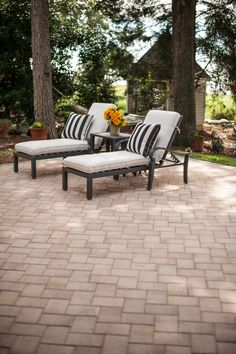 The traditional look of KingsLand pavers lets you use your imagination to create a place where timeless beauty mixes with durability.