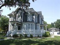 Stunning Victorian home, the porch!!!