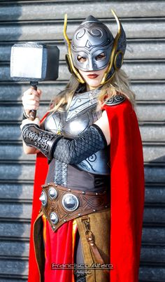Jane Foster - Lady Thor by LadyLemon Lady Thor Cosplay, Marvel Cosplay, Diy Couples Costumes, Couple Halloween Costumes, Thor Costume, Female Thor, Lady Sif, Cosplay Diy, Cosplay Ideas