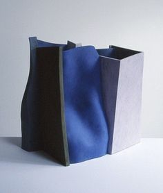 Ken Eastman is a contemporary ceramic artist. He exhibits widely and has won many awards in the field of ceramic arts. Modern Sculpture, Abstract Sculpture, Sculpture Art, Ceramic Sculptures, Slab Pottery, Ceramic Pottery, Ikebana, Cerámica Ideas, Slab Ceramics