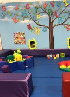 Hours and Rates for our indoor play facility. Located in Katy TX, Giggles & Fun offers imaginative and active indoor play areas for infants and toddlers.