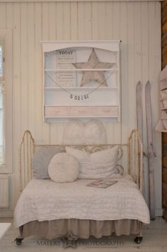 Life on on pine salo Country Style, Sweet Home, Shabby Chic, Villa, Primitive, Pine, Rooms, Decorating, Natural