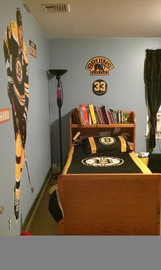 Boston bruins room ideas on pinterest boston bruins Bruins room decor