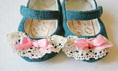 Handmade Mary Janes for girls.  Super cute from shop, Wren's Nest Creations.  Receive 15% off with coupon code:  chirpholiday all weekend long (11/22-11/24) as part of the Yellow Friday shopping event at http://www.thechirpingmoms.com!