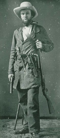Colonel Walker w/his Colonel 1847 Colt Walker Revolver Mexican American War, American Civil War, American History, Old West Photos, Victorian Pictures, Civil War Photos, Le Far West, Mountain Man, Historical Pictures
