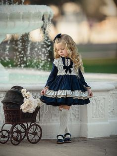 La Amapola by Irina Chernousova on Vintage Baby Dresses, Cute Little Girl Dresses, Vestidos Vintage, Dresses Kids Girl, Girls Fashion Clothes, Baby Girl Fashion, Baby Outfits, Kids Outfits, Fancy Dress Design