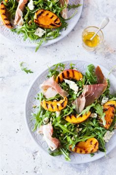 Grilled Peach & Rocket Salad - a Fox in the Kitche Spring Salad, Summer Salads, Gourmet Recipes, Healthy Recipes, Healthy Food, Parmesan Green Beans, Apple Salad Recipes, Rocket Salad, Large Salad Bowl