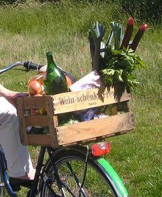 Inspiration: Eine Weinkiste als Fahrradkorb