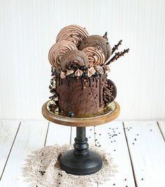 шоколадный настолько, что даже безе со вкусом шоколада  2,6 кг #тортыeklera