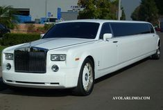 Rolls Royce Limousine. Very stylish! www.midnightrunlimo.com #personalchauffeur #privatedriver #orangecountylimo