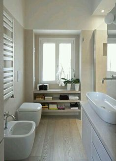 Admirable Narrow Bathroom Design Ideas - Page 3 of 22 Narrow Bathroom, Laundry In Bathroom, White Bathroom, Dream Bathrooms, Beautiful Bathrooms, Casa Milano, Bathroom Inspiration, Bathroom Ideas, Bathroom Layout