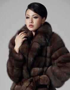 https://i.pinimg.com/736x/6e/d8/45/6ed845921a96787598b2044e351b9981--fur-coat-fashion-mens-fashion.jpg