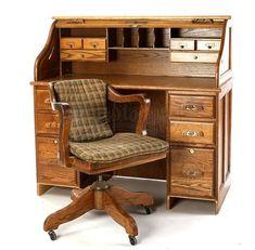Charlie Swan's Rolltop Desk - Current price: $50 Dream Furniture, Vintage Furniture, Home Furniture, Furniture Design, Corner Desk With Hutch, Desk Hutch, Old School Desks, Contemporary Desk, Art Studio At Home