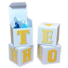 Cubes lettres prénom en carton épais et tissu imprimé pour chambre d'enfant motifs : jaune, gris : Autres par ideecreation