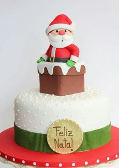 Wonderful Christmas Cake Decorating Ideas To Try Asap Fondant Christmas Cake, Christmas Birthday Cake, Christmas Cake Topper, Christmas Cupcakes, Christmas Sweets, Christmas Cooking, Noel Christmas, Xmas Cakes, Simple Christmas