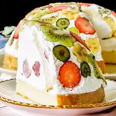 Fruit Dome Cake - Oh no no, this is NOT your average fruit cake. Quick Easy Desserts, Easy Bread Recipes, Cake Recipes, Dessert Recipes, Chocolate Chip Recipes, Banana Bread Recipes, Chocolate Cakes, 3 Ingredient Desserts, Dessert Party