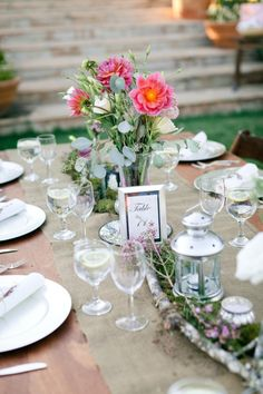 pretty nature inspired table setting
