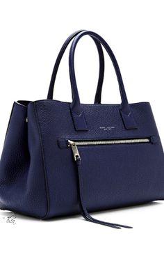d2560cef8c3a 313 Best Bag Lady images