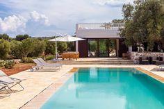 Villa Diva, affascinante villa di lusso di design con piscina, a Carovigno, a 5 km dalle spiagge. Villa Diva, charming designer villa with pool, in Carovigno, 5 km from the beaches. #perledipuglia #luxuryaccomodation #puglia #villas