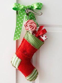 Handmade christmas stockings to hang on bedroom door handles. Easy Diy Christmas Gifts, Family Christmas Gifts, Homemade Christmas, Christmas Projects, Holiday Fun, Holiday Crafts, Christmas Stockings, Christmas Holidays, Xmas