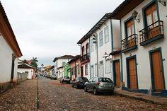 Mariana foi a única entre as cidades coloniais mineiras a ter o traçado das ruas planejado, o que torna fácil se localizar e andar por entre as ladeiras #MG #BRASIL