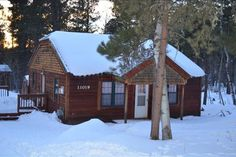 Cozy Cabin on Terry Peak. Sleeps 8 - Cabins for Rent in Lead, South Dakota, United States